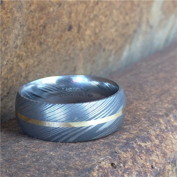 LASHBROOK DESIGNS Damascus Steel Ring With Red Gold Inlay Kobe