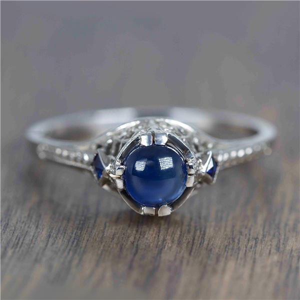 Blusette - 1930's 20k White Gold & Cabochon Sapphire Vintage Ring