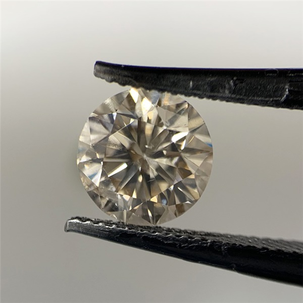 .89ct Round Brilliant Diamond, GIA - Q-R color, I1 clarity