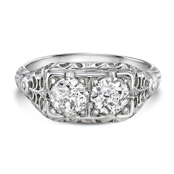 Leanor - Vintage 18K Filigree Diamond Ring - 1.01ctw