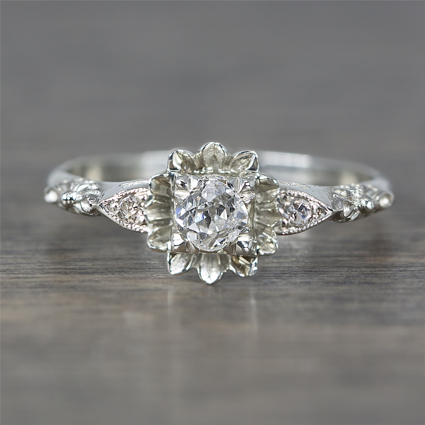 1920\u0027s White Gold \u0026 Diamond Flower Vintage Engagement Ring