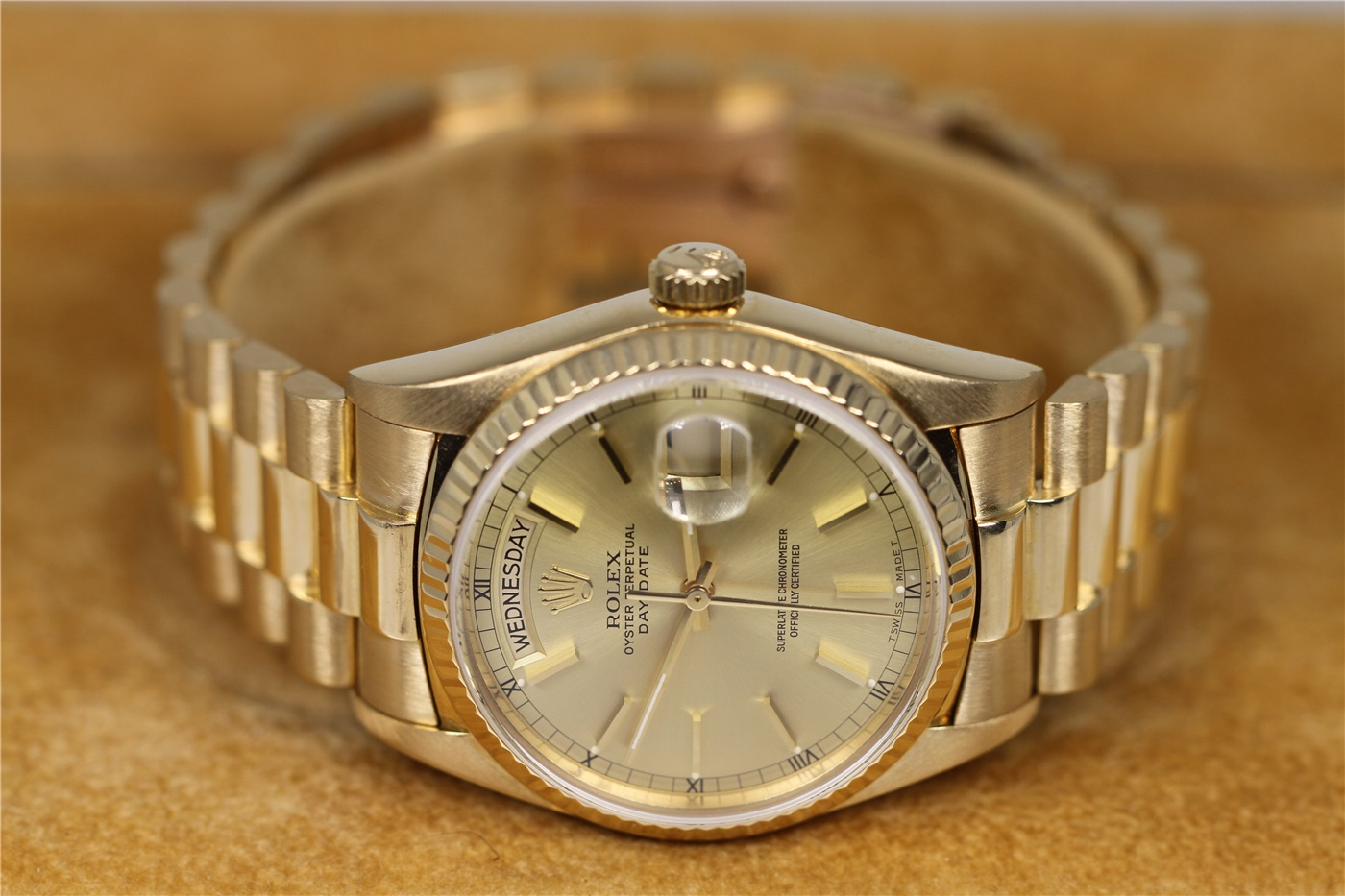 Mens Rolex President Day Date Watch With Box And Papers